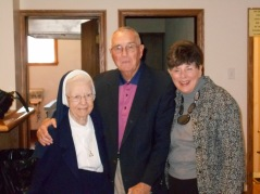 2014-10-26 Sr. Audrey with Wagners